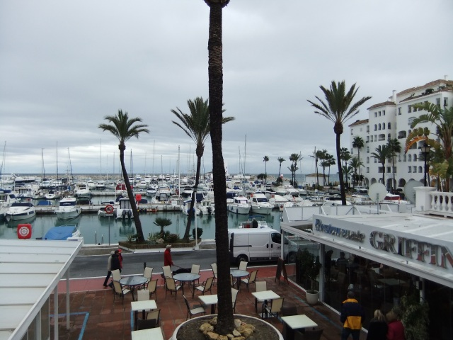 The beautiful Marina with all its Shops, Bars, Cafes & Restaurants !!
